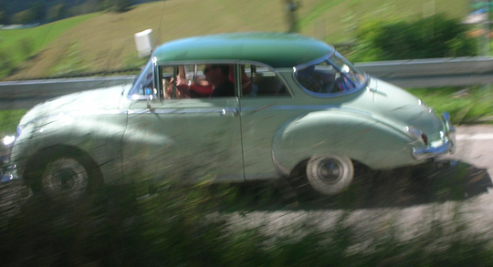 Gesehen am manipogo-Geburtstag oben auf dem Stohren: ein alter Auto Union, pilotiert von Holländern