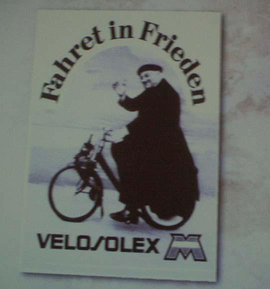 Insert in einem Film über die Motorradgeschichte: Velosolex-Werbung