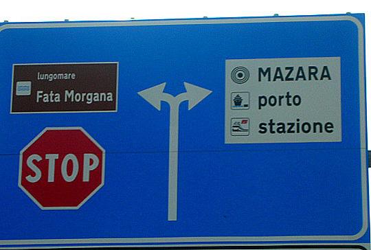 Nach rechts oder nach links? (Sizilien, 2014)
