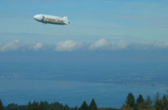 Dann überflog ein Zeppelin den Bodensee