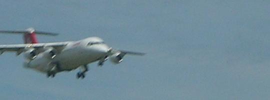 Dann doch noch (am Tag nach der Radtour) ein Flieger im Anflug auf Kloten