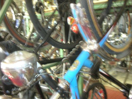 """Da ist sogar eine """"bicyclette bleue"""" aus der Schweiz!"""
