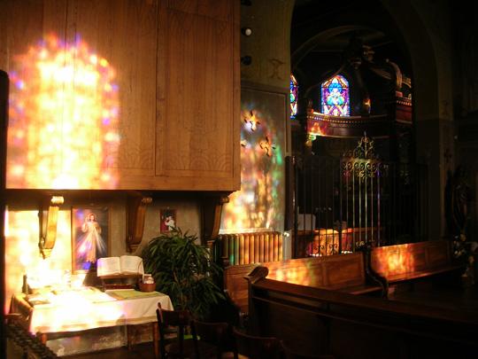 In der Seitenkapelle St. Anne der Kirche von Ottmarsheim, Peter und Paul