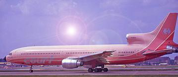 375px-Court_Line_Lockheed_TriStar_Manteufel