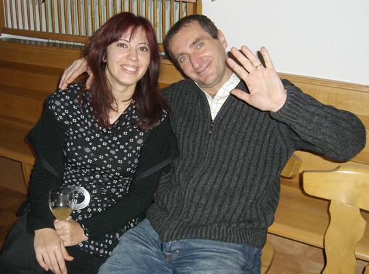 Ich finde so wenig Bilder mit glücklichen Paaren. Hier: Gianni und Elena, 2007