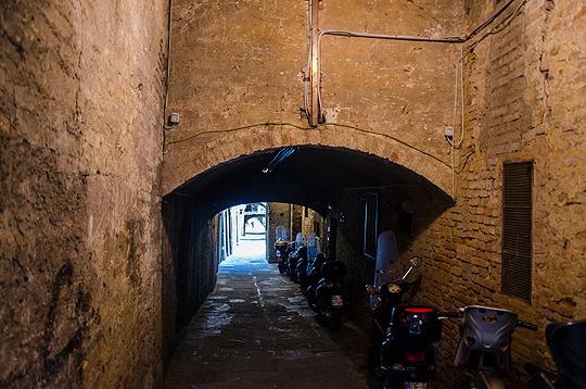 Monte Paschi di Siena: dunkle Geschäfte, faule Kredite, versickerte Gelder