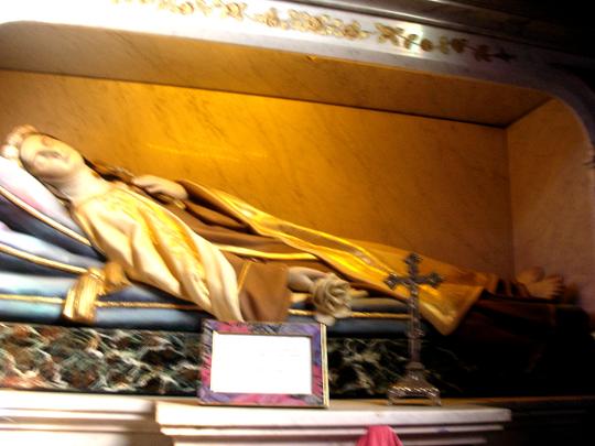 Abbild der heiligen Theresa von Lisieux in der Kapelle von Otmarsheim