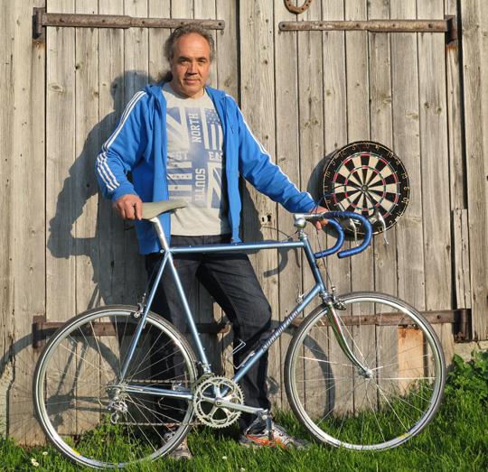 Angelo und sein Rad