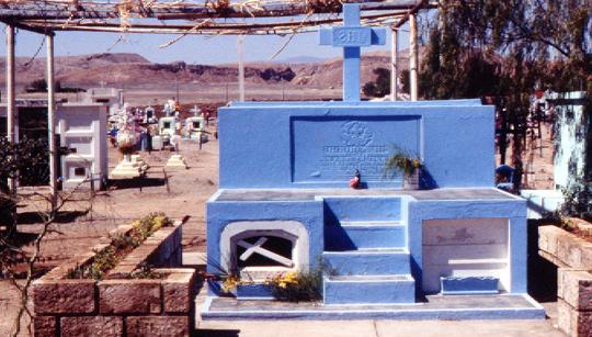 Zugabe: ein Friedhof in Chile, im Süden (1990)